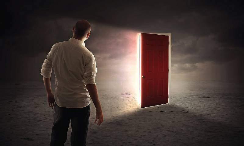 Die Tür zur Entwicklung Deines Potentials. Finde Deine Berufung.